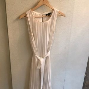 Banana Republic White Chiffon Ceinkle Dress